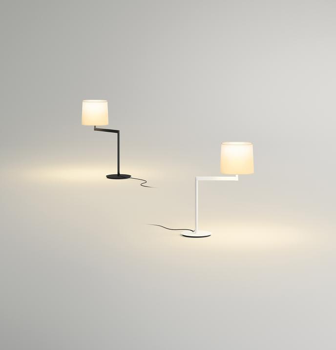 Vibia Leseleuchte Swing, Chrom, Stahl/Stoff, 50701 | Lampen > Tischleuchten > Leseleuchten | Chrom
