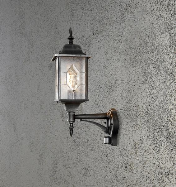 Konstsmide Milano Wandleuchte B: 16 cm T: 28.5 cm H: 53 cm, 1 x 75 W, IP43 lackiertes Aluminium